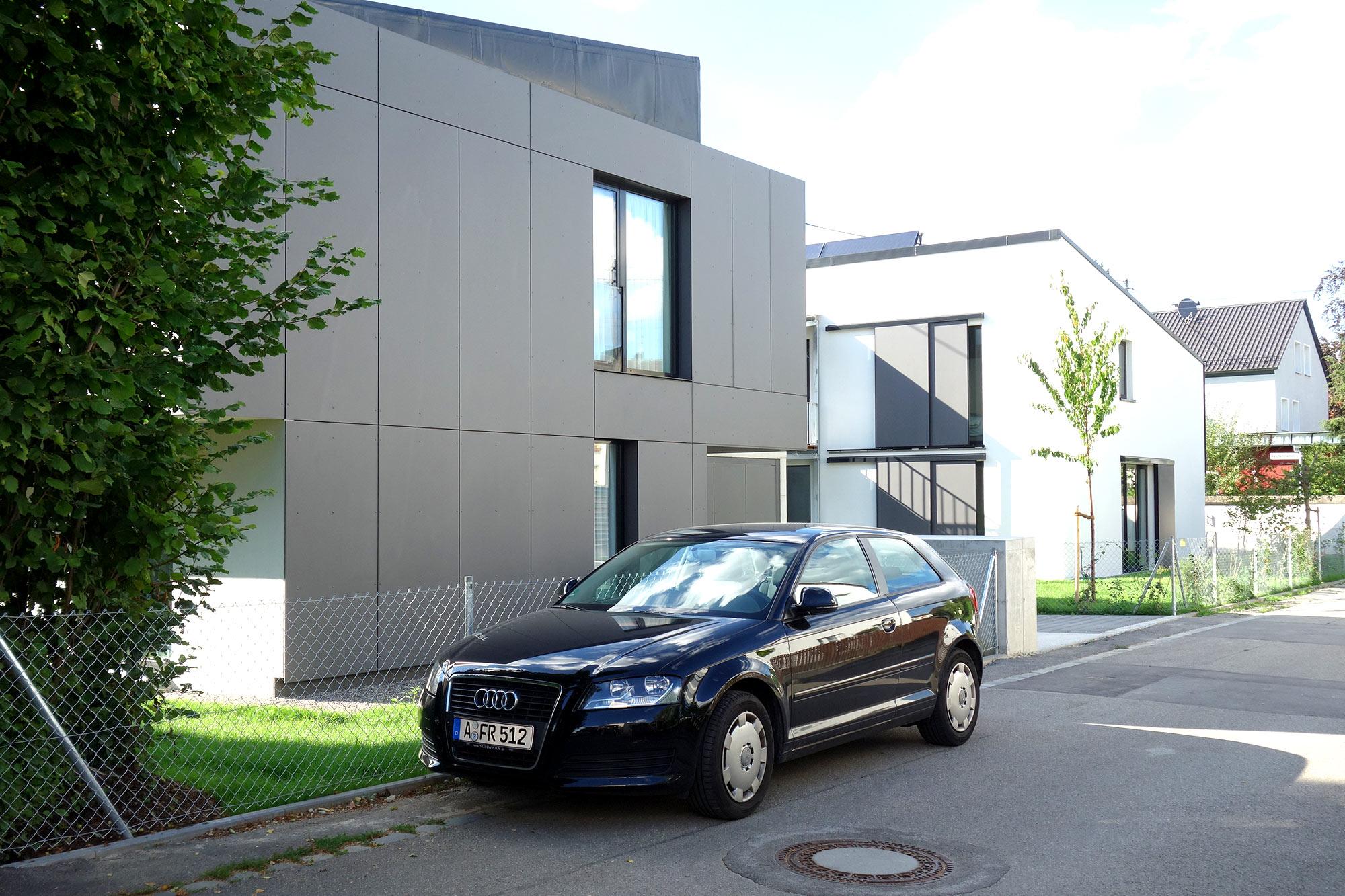 Einfamilien- und Mehrfamilienhaus in Augsburg
